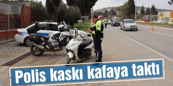Polis kaskı kafaya taktı