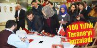 '100 Yıllık Terane'yi imzaladı