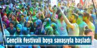 Gençlik festivali boya  savaşıyla başladı