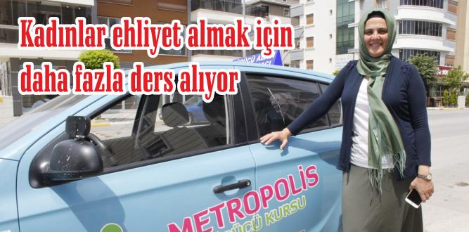 Kadınlar otomobillerden uzak